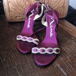 Nina burgundy heels